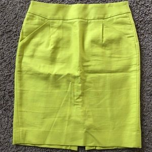 J. Crew Pencil Skirt // yellow // size 4